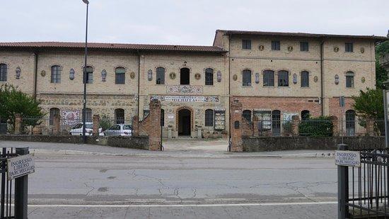 Grazia Maioliche: Grazia's facility from the highway
