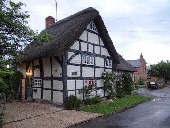 Brookleys Bed & Breakfast: The nearest pub is not too long a walk