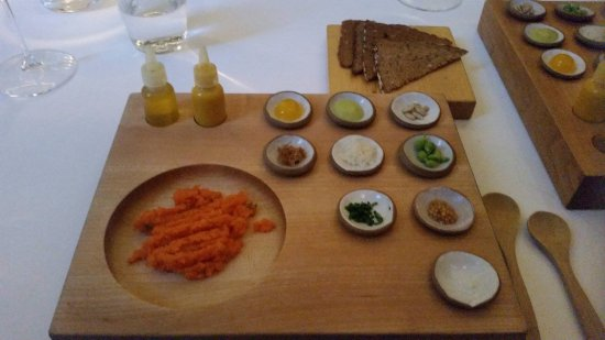 Eleven Madison Park: Playful carrot tartare!
