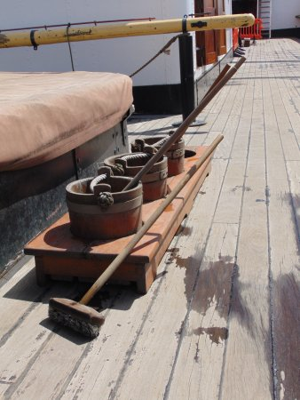 Scrub them decks me 39 eartys picture of the tall ship for Decking boards glasgow