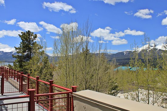 Wildernest Vacation Rentals: View from La Riva Del Lago in Dillon