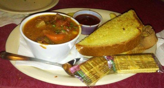 Litchfield Park, Аризона: Half Brisket sandwich and cup of stew
