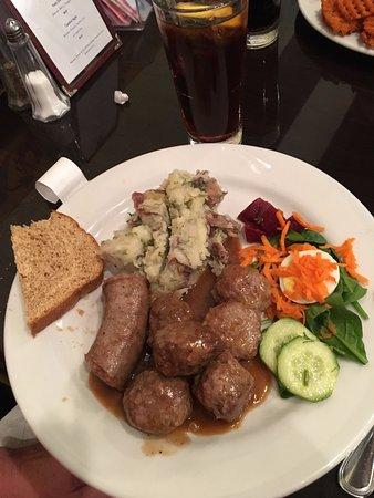 Lindsborg, Κάνσας: Swedish dinner - potato sausage and swedish meatballs