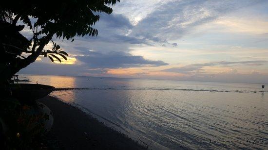 Adirama Beach Hotel: 20170530_180550_large.jpg