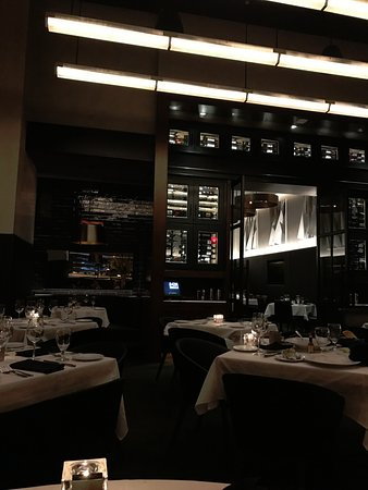 Ocean Prime Dining Room Into Bar