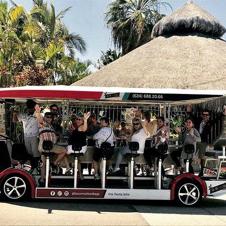 Todos Santos, Meksiko: The fiesta bike