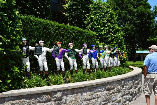 Keeneland: Jockey statues