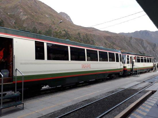 PeruRail Titicaca Train: 20170521_061811_large.jpg