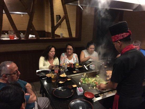 Shogun Japanese Grill Sushi: Preparacion