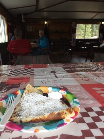Beaver Creek, Canada: Pine Valley Bakery and Lodge