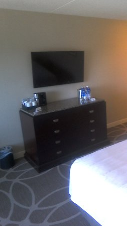Hyatt Regency Lexington: Dresser with refrigerator in it
