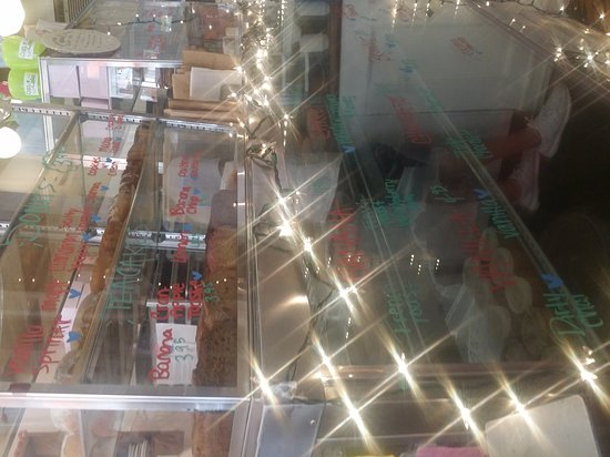 Erin McKenna's Bakery : 20170531_155318_large.jpg