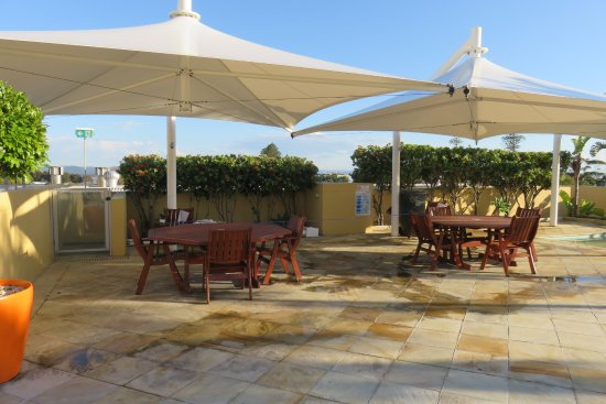Balcony - Picture of Oaks The Entrance Waterfront Suites - Tripadvisor