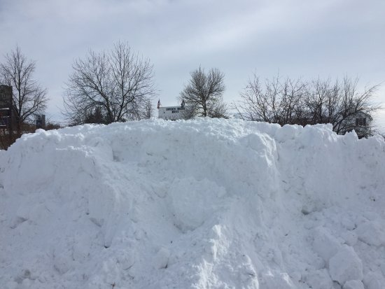 Lusk, WY: Snow Accumulation on Grounds