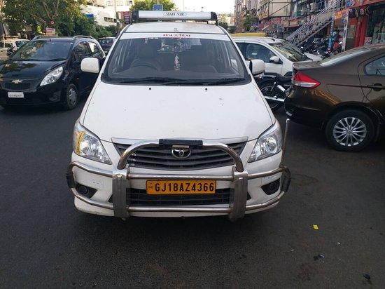Shri Bhakti Taxi Services