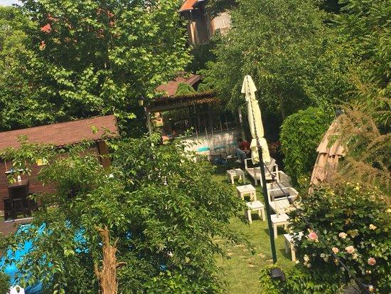 Infini Garden