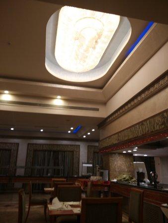 Triumph Hotel : IMG_20170530_225506_large.jpg