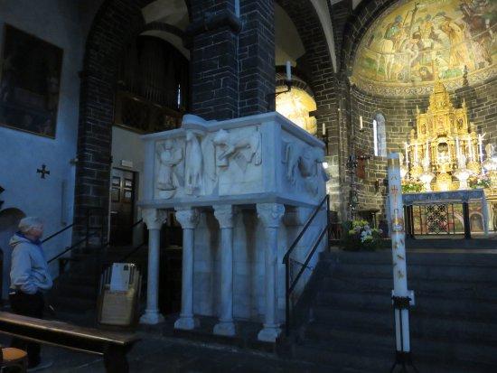 Chiesa San Giacomo: Pulpit