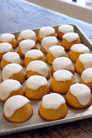 Exeter, Australia: lemon polenta cakes