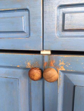 Crowhurst Park: dirty sticky kitchen units