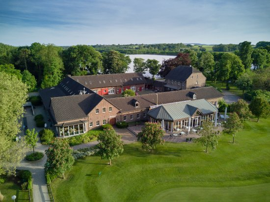 Pulheim, Germany: Clubhause des Golf & Country Club Velderhof - ein alter rheinischer Vierkanthof
