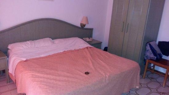 Hotel Park Calitto: letto comodo