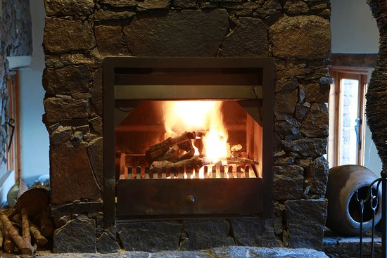 Rhodes, Güney Afrika: Fire places throughout the lodge