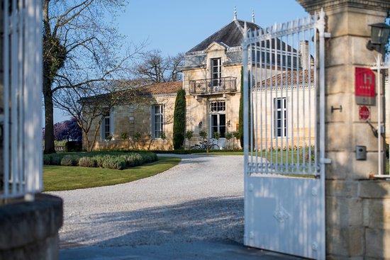 Château Cordeillan-bages : Façade du château