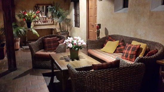 Hotel Meson de Maria: 20170528_221601_large.jpg