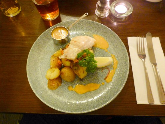 Carterton, UK: Hake. Delicious.