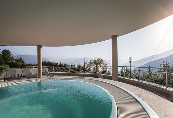 Hotel kristall valdaora prezzi 2018 e recensioni - Piscina panoramica valdaora ...