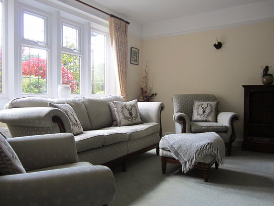 Coombe House: Resident's Lounge