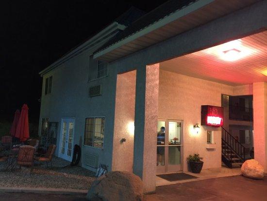 National 9 Inn - Mt Nebo: photo0.jpg