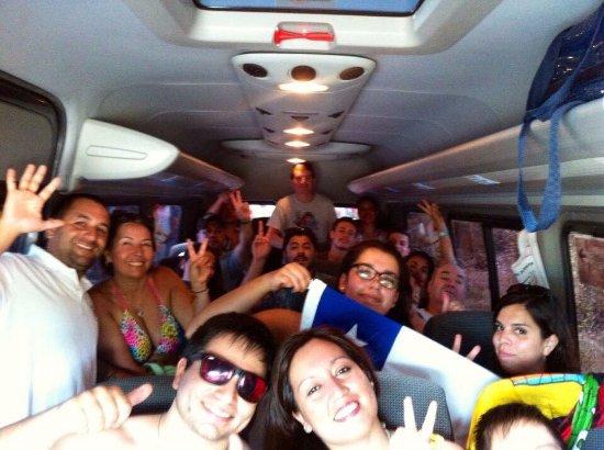 Armacao dos Buzios, RJ: Grupos de varios paises