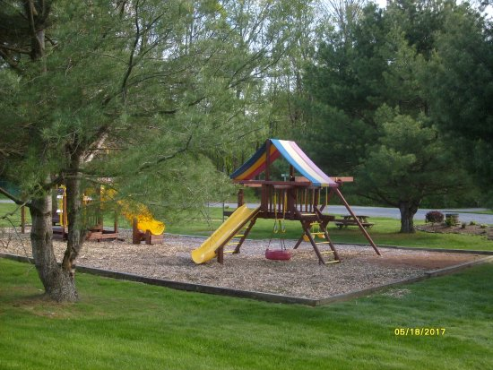 Milford, NY: Hartwick Highlands Campground - the playground