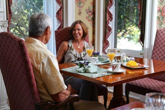 Graystone Inn: Breakfast for two