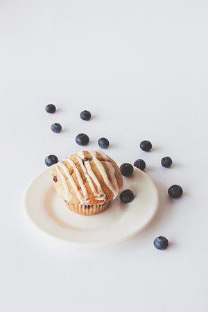 Grandville, MI: Summer Feature! Lemon Blueberry Muffin