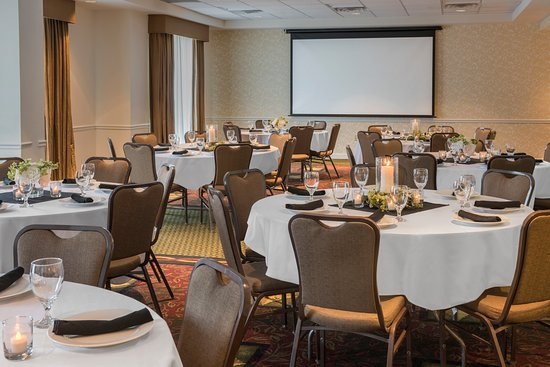 Englewood, Colorado: Banquet Style Meeting Room