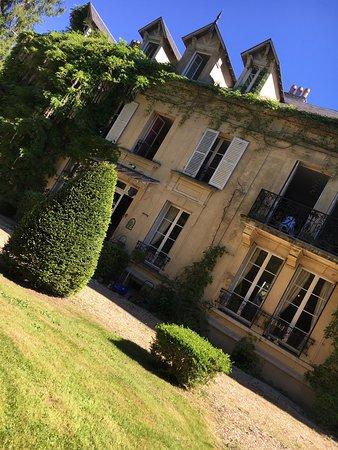 Chateau de Poigny : photo0.jpg