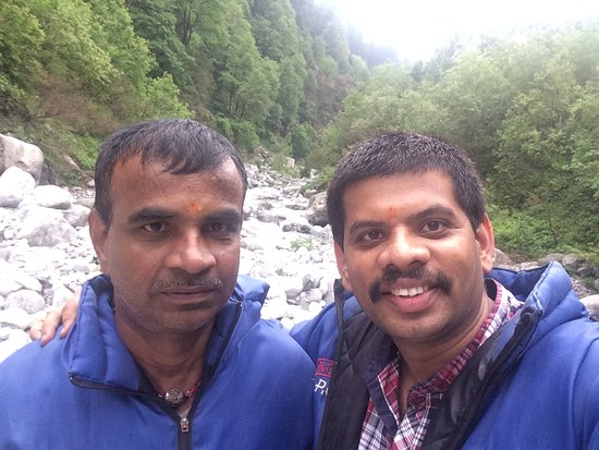 Arv Holidays - Same Day Taj Mahal Tour: Snow Point Activity
