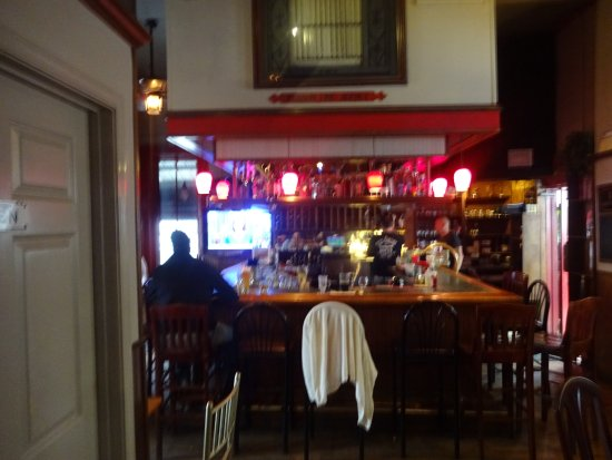 Cold Spring, Nowy Jork: view of interior bar area