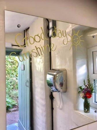 Llowes, UK: Toilets