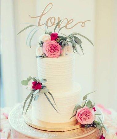 Gainesville, VA: Kate Spade Inspired Wedding Cake