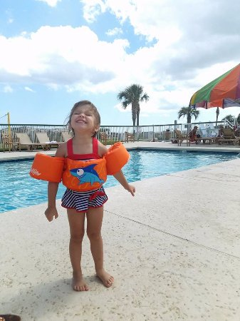 Days Inn & Suites Jekyll Island: One of the pools