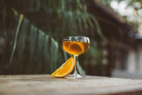 Luna Red: craft cocktails