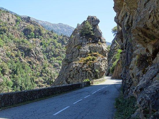 Calacuccia, Francia: Passage étroit !