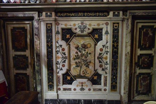 Basilica della Santissima Annunziata - Chiesa di Santa Maria della Scala: Marmi