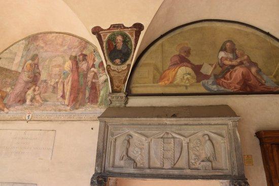 Basilica della Santissima Annunziata - Chiesa di Santa Maria della Scala: Affreschi