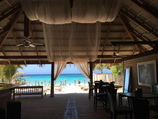 Las Sirenas Hotel & Condos