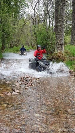 Quad Bike Treks Aviemore : river riding